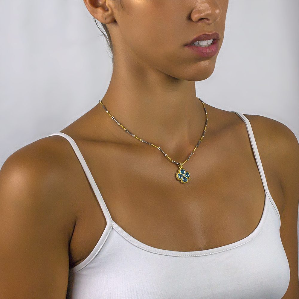 Cross with crystals & Tricolor chain M104-1