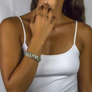 Bangle bracelet with Swarovski crystals B105