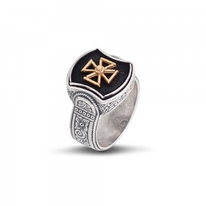 Ring with cross D362