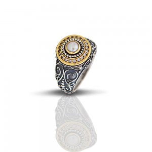 Ring with pearl and zircon D28