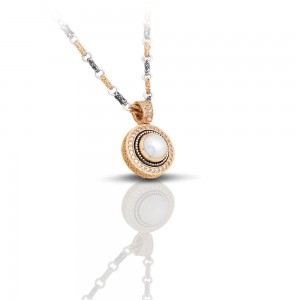 Pendant with pearl and zircon M297